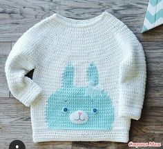 Всем здравствуйте! Вяжем стильный пуловер крючком для малышки с рисунком «Зайка». Модное сочетание цветов: белый и голубой.  Пряжа хлопковая, крючок № 4 и 5.