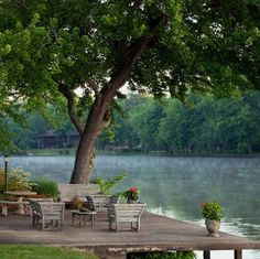 Exterior home ideas photo galleries backyards ideas Outdoor Rooms, Outdoor Gardens, Outdoor Living, Outdoor Sheds, Outdoor Seating, Lakeside Living, Lake Cabins, Seen, Lake Cottage