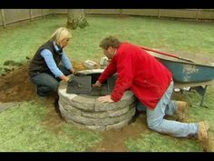 This Old House landscape contractor Roger Cook creates a cozy cold-weather oasis. How To Build A Fire Pit, Diy Fire Pit, Fire Pit Backyard, Fire Pits, Backyard Drainage, Backyard Projects, Outdoor Projects, Backyard Ideas, Fire Pit Supplies