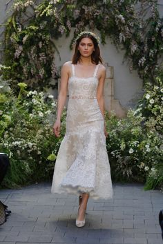 M'O Bridal & Wedding: Floral Lace Embroidered Shannon Dress from Monique Lhuillier Bridal SS17 trunkshow