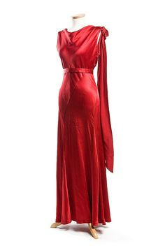 Red rayon evening dress, 1930s. Charleston Museum.