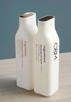 O & M Original Detox Shampoo and Conditioner Cool Packaging, Bottle Packaging, Cosmetic Packaging, Beauty Packaging, Design Packaging, Product Packaging, Brand Packaging, Detox Shampoo, Shampoo Bottles