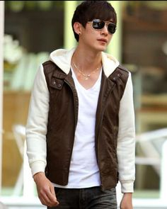 Mens Fleece Jackets Fashion Two Tone Fleece Jointing Hooded Zipper Pockets PU Long Sleeve Men Jacket  Discount Online Shopping