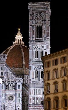Florenz, Piazza del Duomo, Duomo Santa Maria del Fiore und Campanile (Cathedral and Giotto's bell tower) | por HEN-Magonza