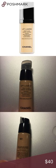 CHANEL LIFT LUMIÈRE SUNSCREEN FOUNDATION #40 LIFT LUMIÈRE FIRMING AND SMOOTHING SUNSCREEN FLUID MAKEUP BROAD SPECTRUM SPF 15. #40 Beige. used once or twice CHANEL Makeup