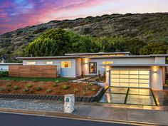 For $1.4M, a Pristine Midcentury Tract Home by Paul Williams - House of the Day - Curbed National