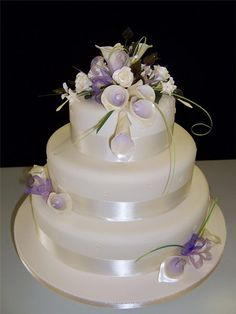 Google Image Result for http://www.merledress.com/blog/wp-content/uploads/2012/04/Wedding-Cake.jpg