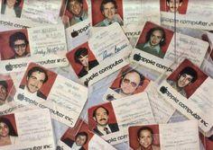 Así eran los carnets de los empleados de Apple en 1984 [imagen]