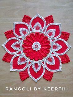 Easy Rangoli Designs Diwali, Rangoli Designs Latest, Simple Rangoli Designs Images, Full Hand Mehndi Designs, Rangoli Designs Flower, Free Hand Rangoli Design, Rangoli Border Designs, Rangoli Ideas, Colorful Rangoli Designs