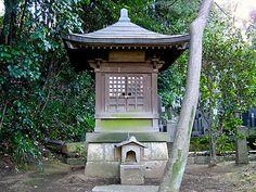 http://www.ukima.info/meisho/kaiwai/houshouji/hokora.jpg