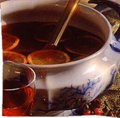 Hot Mulled Wine, Spiced Cider : possibly my favourite winter drink