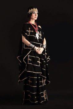 Algerian fashion: black chaoui dress