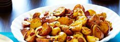 Looking to soup up your holiday meals? Then try this recipe for Balsamic Braised Baby Potatoes from Campbell's & Pepperidge Farms Holiday Secrets Exposed. Vegetable Side Dishes, Vegetable Recipes, Baby Potato Recipes, Food Network Recipes, Cooking Recipes, Baby Potatoes, Breakfast Lunch Dinner, Potato Dishes, Side Dish Recipes