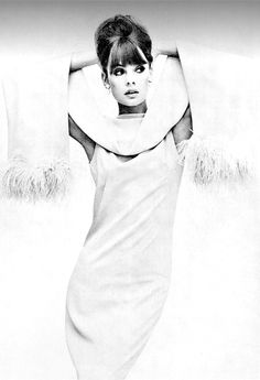 Jean Shrimpton in a dress and stole by Malcolm Starr, photographed by Irving Penn, Vogue US, 1963.