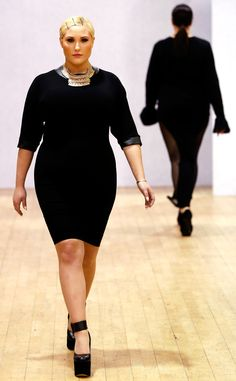 Showing her support: Hayley Hasselhoff walks the runway at the British plus size Fashion Week show in London London Fashion Weeks, Curvy Plus Size, Plus Size Model, Curvy Inspiration, Fashion Inspiration, Curvy Fashion, Plus Fashion, Women's Fashion, Img Models
