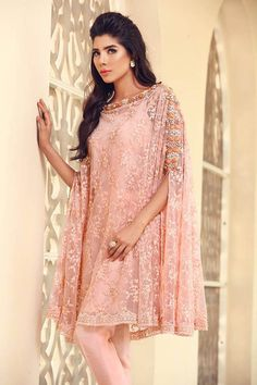 Suffuse by Sana Yasir hits all the right trend notes with their new Eid Luxury Pret creations and here's the good news. Rather than stressing out over making it on time to a single day exhibi… Pakistani Formal Dresses, Pakistani Outfits, Indian Dresses, Indian Outfits, Pakistan Fashion, India Fashion, Asian Fashion, Emo Fashion, Stylish Dresses