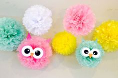 Owl Tissue Poms for Owl Birthday Party or Baby Shower, tissue poms, owl party, owl birthday, birthday decorations - Choose your colors! Owl Themed Parties, Owl Parties, Owl Birthday Parties, Girl Birthday, Birthday Ideas, Owl Shower, Shower Bebe, Shower Ideas, Baby Shower Owls