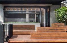 Trendy Burger Bar in Bali