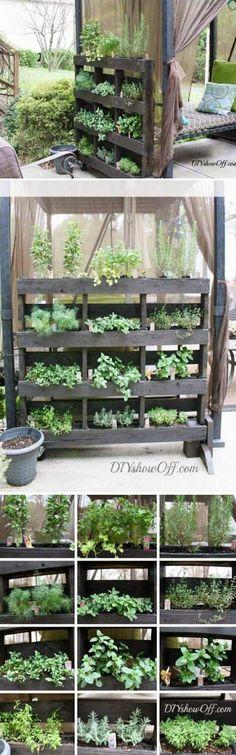 Free Standing Pallet Herb Garden Tutorial on DIYsh...