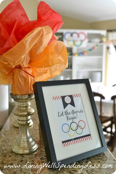 Are you ready for the next Olympics? Don't miss these awesome ideas for a simple Olympics party, including super easy decorations and kid-friendly food such as Olympic ring pizza, Oreo medals, and torches made from Cheetos. Senior Olympics, Office Olympics, Summer Olympics, Kids Olympics, Olympic Idea, Olympic Games, Olympic Crafts, Theme Sport, Sports