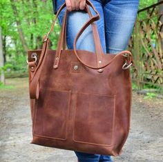 Large Totes Suspension Bridge Crossing Strait Leather Hand Totes Bag Causal Handbags Zipped Shoulder Organizer For Lady Girls Womens Personalized Tote Bag