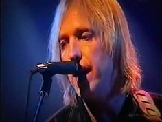 Tom Petty (RIP) : Room At The Top (Live 1999 Germany) - YouTube