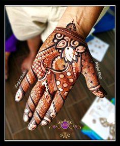 Simple quick traditional indian mehndi henna For mehndi order bookings and classes contact Arabic Bridal Mehndi Designs, Khafif Mehndi Design, Indian Henna Designs, Mehndi Designs Book, Stylish Mehndi Designs, Mehndi Designs For Beginners, Dulhan Mehndi Designs, Mehndi Design Pictures, Mehndi Patterns