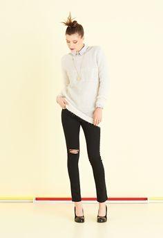 Jeans in gabardine super stretch con strappo al ginocchio   #ottodAme #FW15
