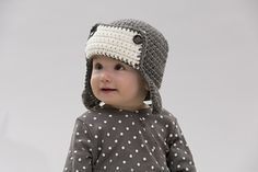 Crochet Baby Hats Little Lindy's Aviator Hat Free Crochet Pattern - Winter is here, would you want to crotchet a cute hat for any little one you love? This crochet aviator hat is so adorable, it is great for any age. Crochet Hats For Boys, Crochet Baby Hats, Crochet Beanie, Baby Knitting, Free Crochet, Knit Crochet, Kids Crochet Hats Free Pattern, Easy Crochet Hat, Crocheted Hats