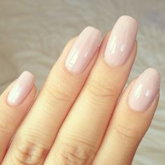 nude light pink nails