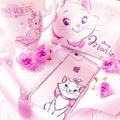 Pretty little Marie things 🌸✨ I'm currently crushing over my cute new phone case! Disney Love, Disney Magic, Pretty Little, Pretty In Pink, Marie Cat, Gata Marie, Baby Pink Aesthetic, Best Smartphone, Aristocats
