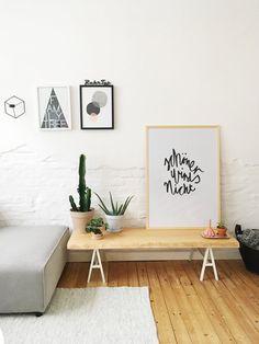 Schönes Sideboard Im Wohnzimmer.