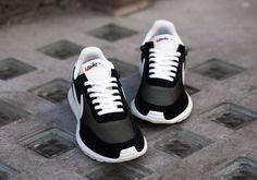 low priced 6cf1d 8b677 nike sportswear - Buscar con Google Zapatillas, Hombres, Calzas, Nike Shox,  Nike