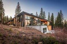 Martis Camp 457: A Low Profile House on The Natural Slope
