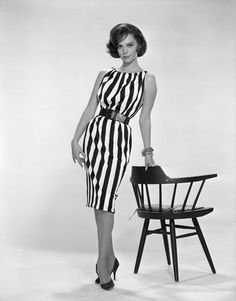 Natalie Wood (love her!) in a dress that I would absolutely wear.