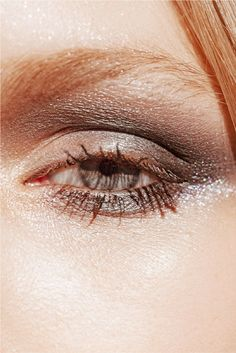 How to create a wearable, moody, glittery smoky eye with cool-toned shades