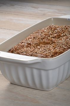 Mynte stoneware by Ib Laursen, making bread? Loaf pan in Pure White. kig ind: www.regit-design.dk