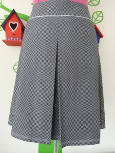 Miss Doing the Dishes (Size M/L / 40) Skirt A-line