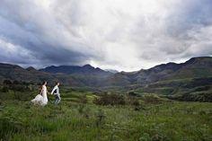 #wedding #weddingcouple #couplesphotography #weddingday Wedding Couples, Wedding Day, Couple Photography, Wedding Photography, Mountains, Nature, Travel, Pi Day Wedding, Naturaleza