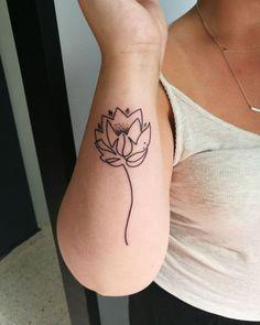 tattooartist:@r.l.tattoo ( lotus tattoo )