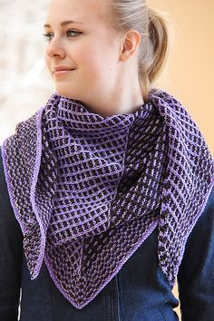 Ravelry: Slip Sliding Away pattern by Jennifer Dassau. Customizable in size knit in two colors of fingering! #knitindie