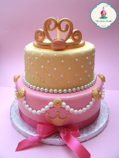 tarta princesa de fondant, bizcocho de vainilla y relleno de trufa