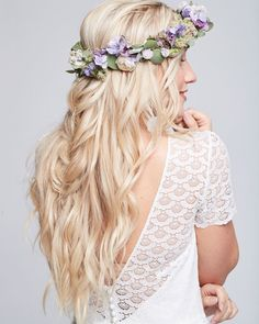 This romantic fairytail look is perfect for a beautiful wedding on the countryside! Recreate this look with our OSiS+ Texture Craft Spray to easily create a lightweight texture, volume and root-lift! Best Wedding Hairstyles, Fancy Hairstyles, Floral Hair, Floral Crown, Girl Hair Dos, Flower Girl Gown, Angel Dress, Flower Girl Hairstyles, Gowns For Girls
