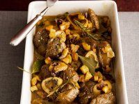 Geschmorte Kalbshaxe (Ossobuco) mit Möhren und Fenchel Eat Smarter, Pot Roast, Slow Cooker, Beef, Dinner, Ethnic Recipes, Food, Grill, Lamb