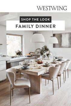 Blickfang Esszimmer: Die nächste Dinnerparty oder das sonntägliche Familientreffen steht an und du willst das Esszimmer nochmal so richtig aufpeppen? Von süßer Tischdeko über Möbelstücke bis hin zum neusten Geschirr-Trend: Hier findest du Einrichtungsideen, um dein Esszimmer perfekt zu stylen. Ob ausziehbarer Esstisch oder aus Holz: Lass deinen neuen Esstisch zum Eyecatcher in deinem Zuhause werden./Westwing Einrichtungsideen Esszimmer Esstisch Stühle Ideen Trends 2021 modern Holz… Decoration, Dining Table, Beige, Dinner, Interior, Pin, Moment, Furniture, Highlights