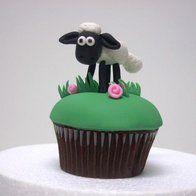 Gumpaste Shaun the sheep