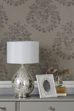 Floral Bouquet Wallpaper can be a great feature in your home. Make it a feature wall to bring a new dimension to your decor.