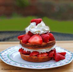 Gourmet Girl Cooks: It's Shortcake Season - Low Carb Blueberry Shortcake & Strawberry Shortcake