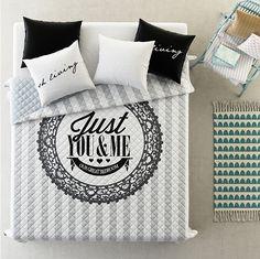 Narzuty na duże łóżka w kolorze biało szarym You&Me