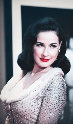 Dita Von Teese Tells Us How to Incorporate Burlesque Into the Bedroom